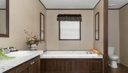 Giles Series King Air Bathroom