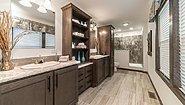 Richland Elite Ranch GF3009-P Bathroom