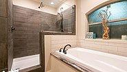 Hybrid HYB3284-349 Bathroom