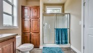 BellaVista Hazel XL Bathroom