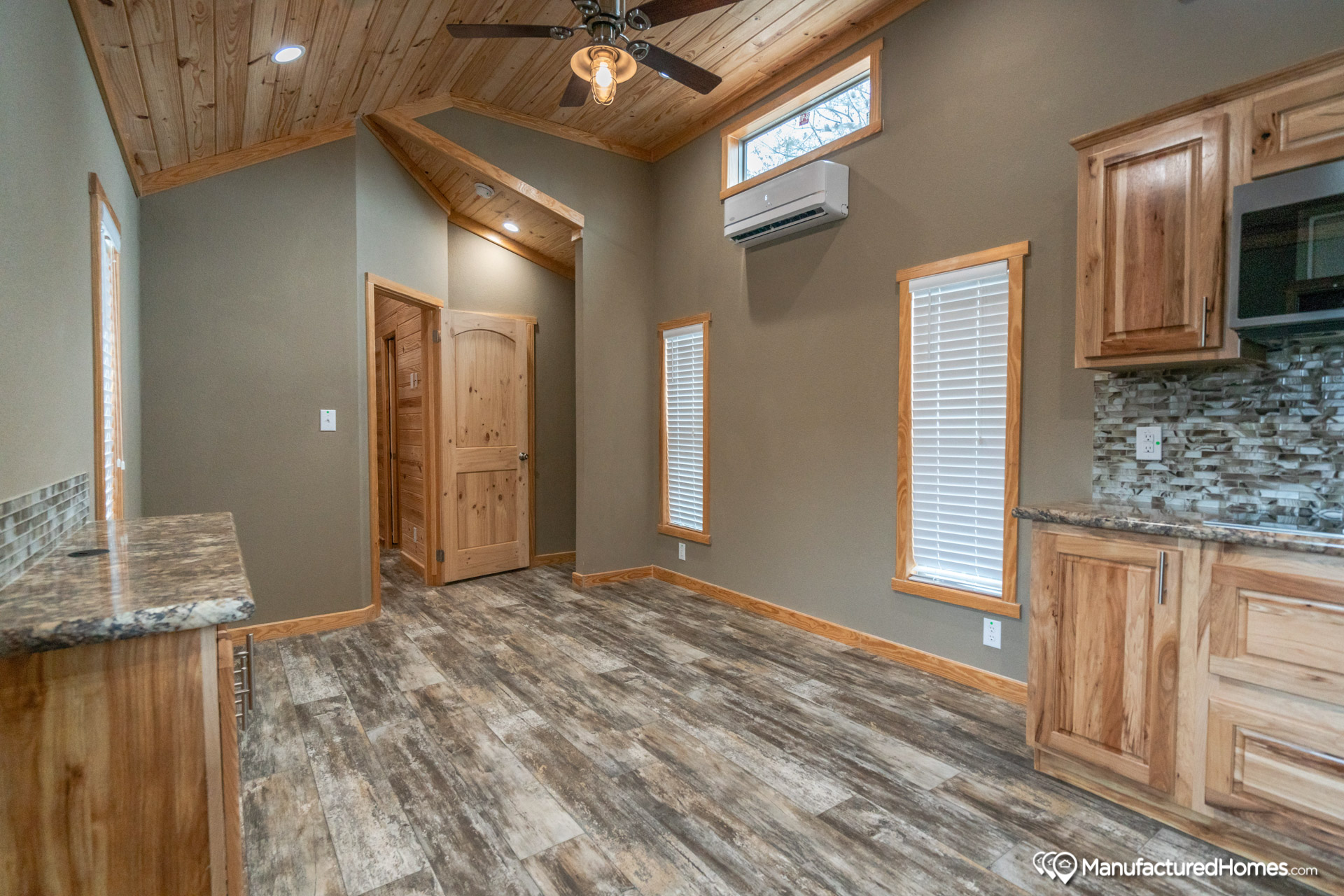 Central Great Plains Aph 523 By Champion Home Builders