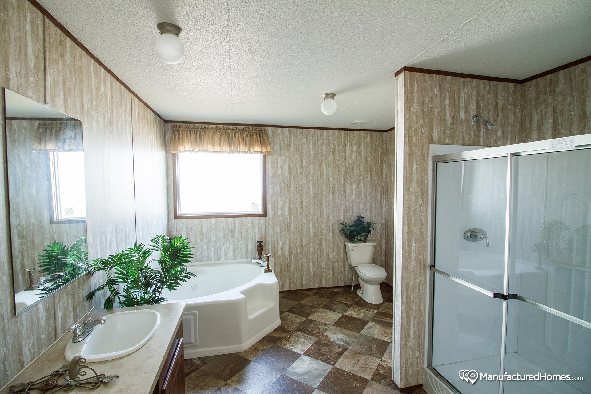 Bigfoot / 9207 - Bathroom