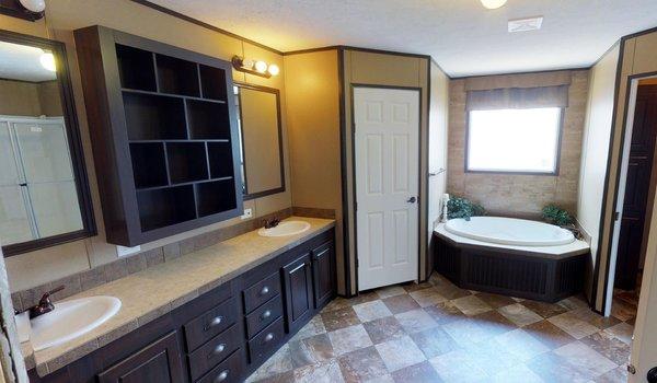 Limited / LI9906 - Bathroom