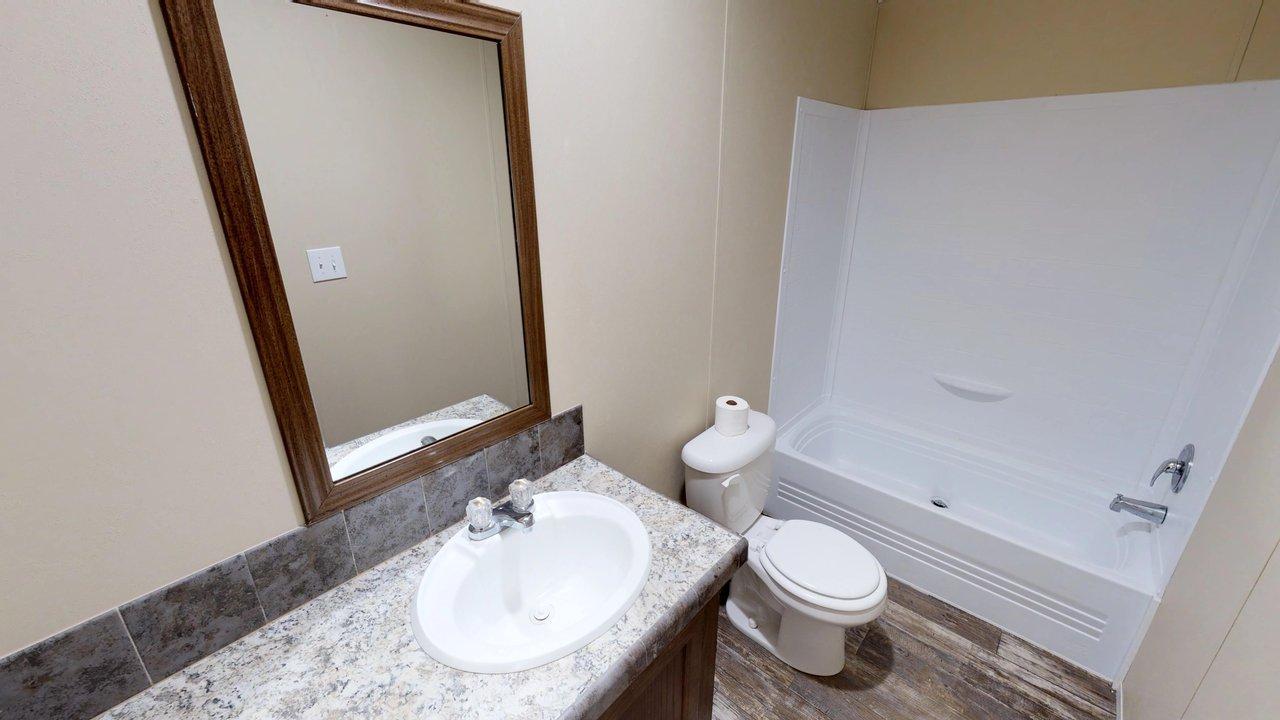 Compass / HS2306 - Bathroom