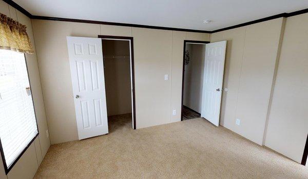 Compass / HS2810 - Bedroom