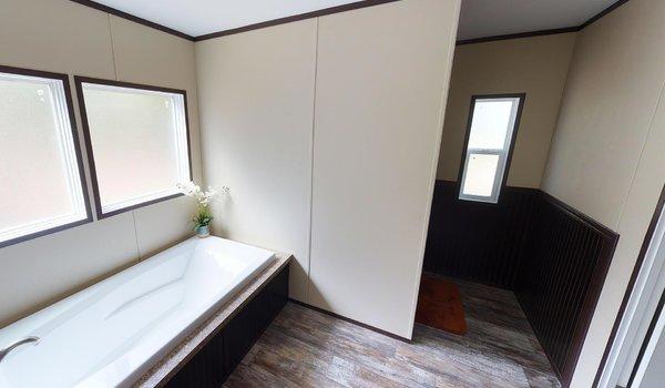 Compass / HS3238 - Bathroom