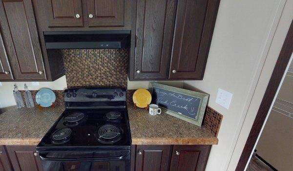Compass / HS3238 - Kitchen