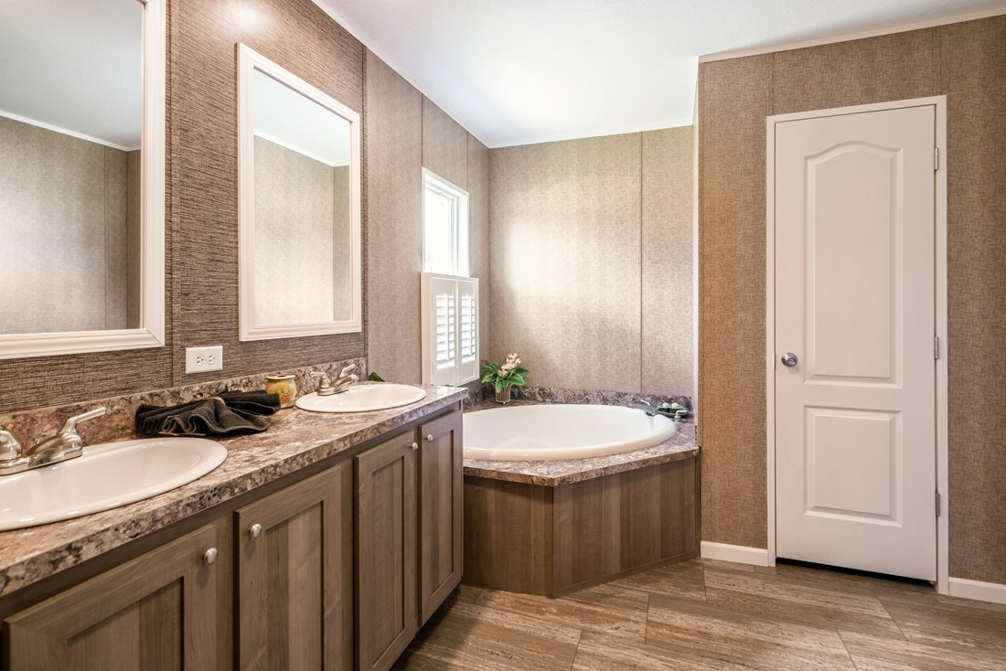Caribbean the cabana by clayton homes for Bathrooms r us clayton