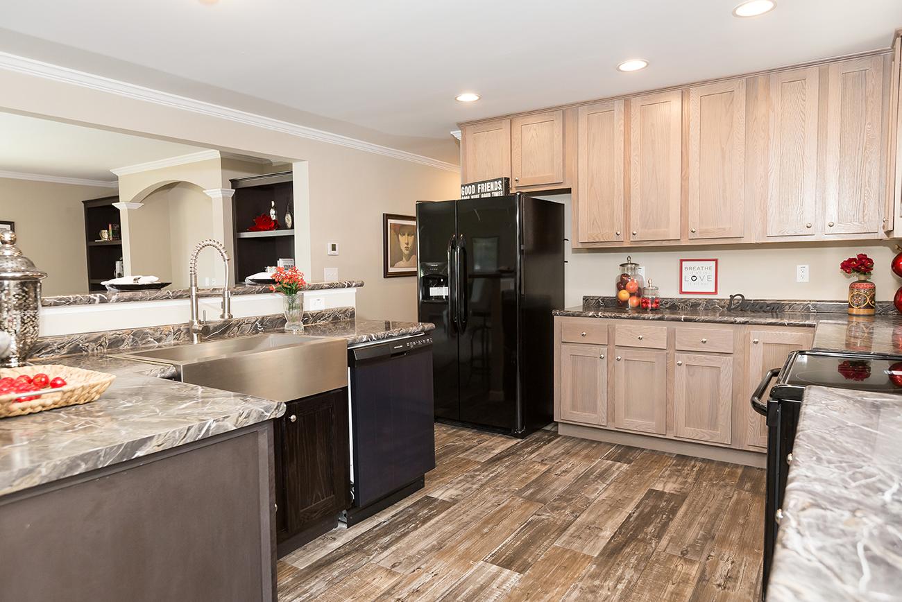 Marlette Model    Kitchen Cabinets