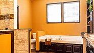 Showcase MW The Mountain Lodge Bathroom