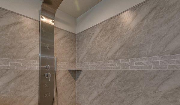 Showcase MW / The Freedom - Bathroom