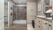 Commonwealth 211 Bathroom
