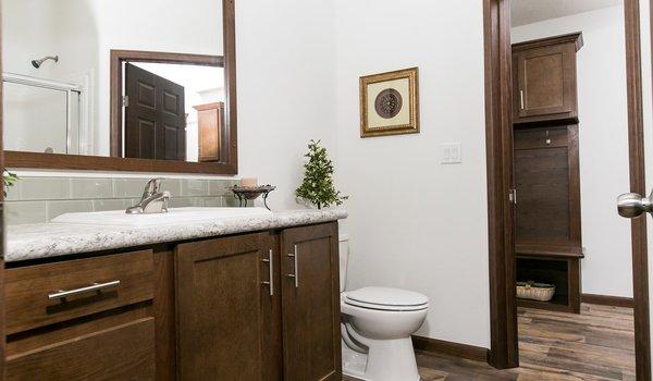 Freedom Series / 405 - Bathroom