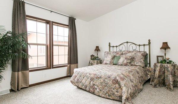 Freedom Series / 405 - Bedroom