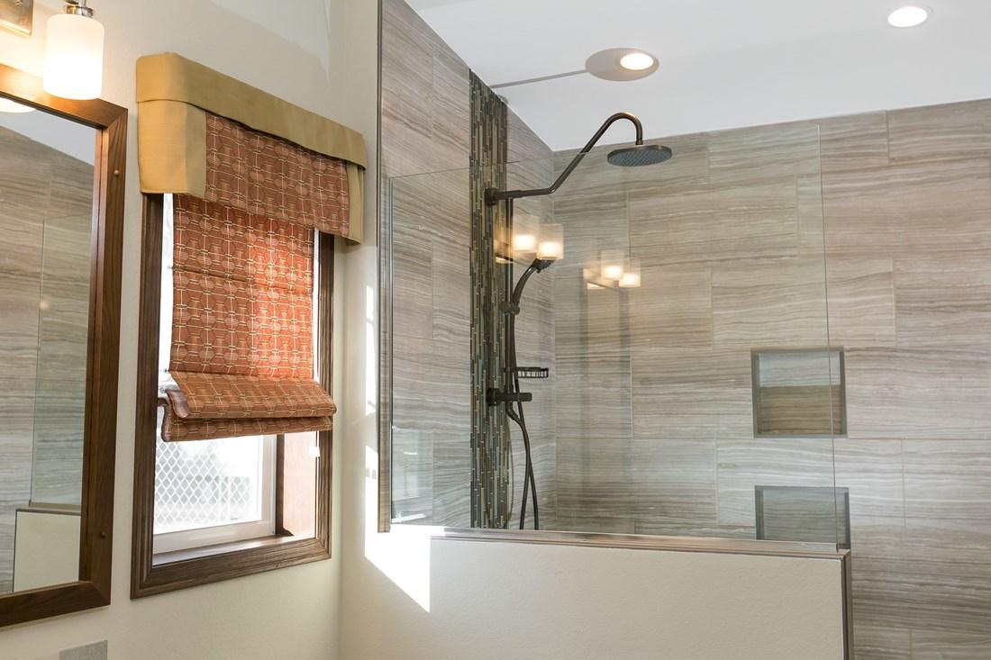 Integrity Series / 98 - Bathroom