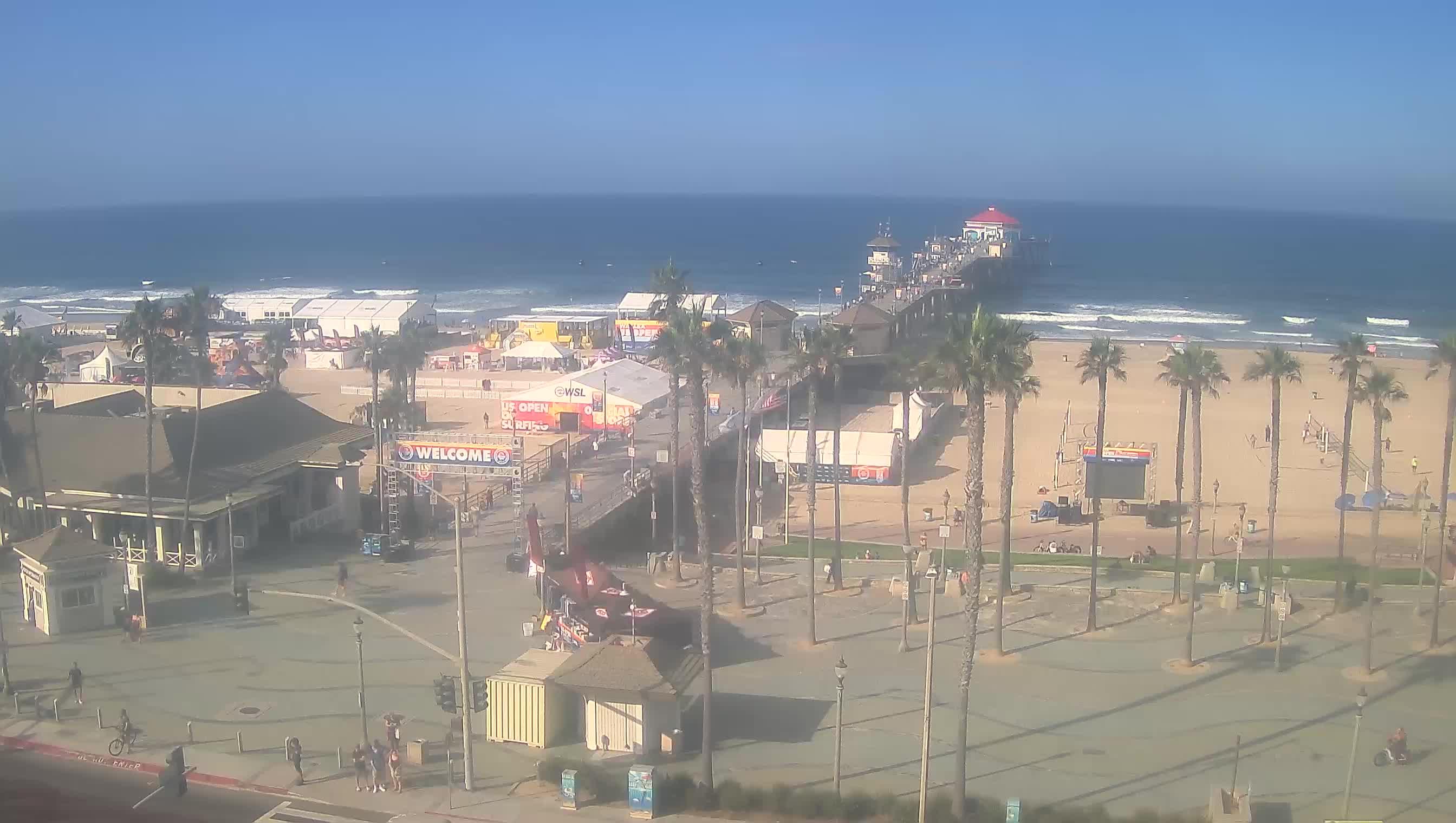 USA Huntington Beach Pier live camera