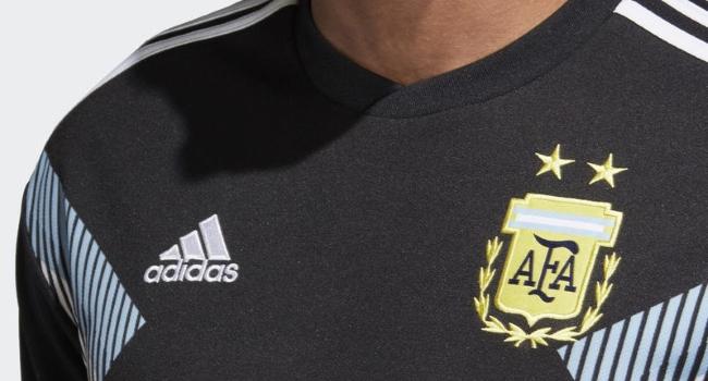 Argentina debutará en el Mundial con la camiseta negra ec3097b676d9a