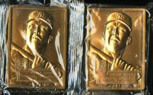 Image of: Lot(2) 1952 Topps Commemorative Sealed Bronze Medallions Mickey Mantle (PWCC)