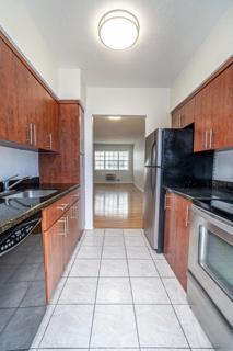 330 #11 Kitchen
