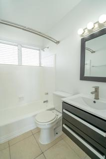 7931 403 Bathroom