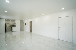 330 #6 Living Room