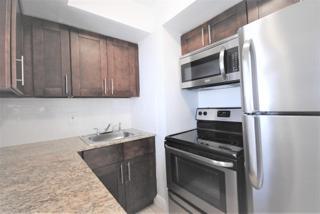 7931 303 Kitchen