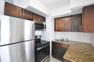 7931 304 Kitchen