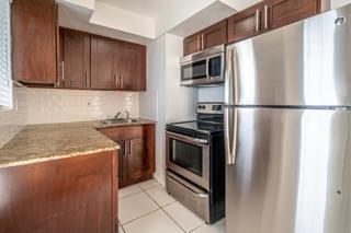 7931 405 Kitchen