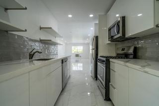 330 #6 Kitchen