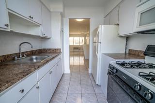 320 #5 Kitchen