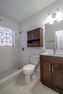 274 Master Bathroom
