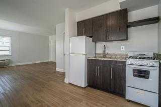 7133 Unit #5 Kitchen