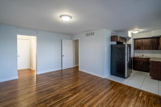 7931 404 Living Room