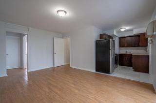 7931 205 Living Room