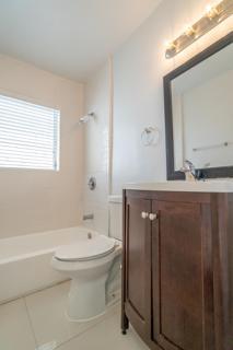 279 Bathroom