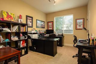 Bedroom 6/ Office