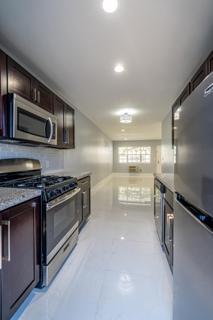 320 #2 Kitchen
