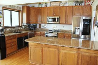 Kitchen with Granite