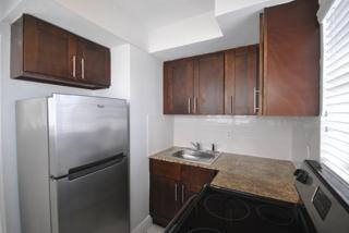 7931 301 Kitchen