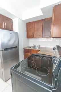 7931 401 Kitchen