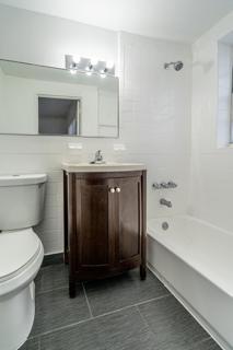 7133 Unit #3 Bathroom