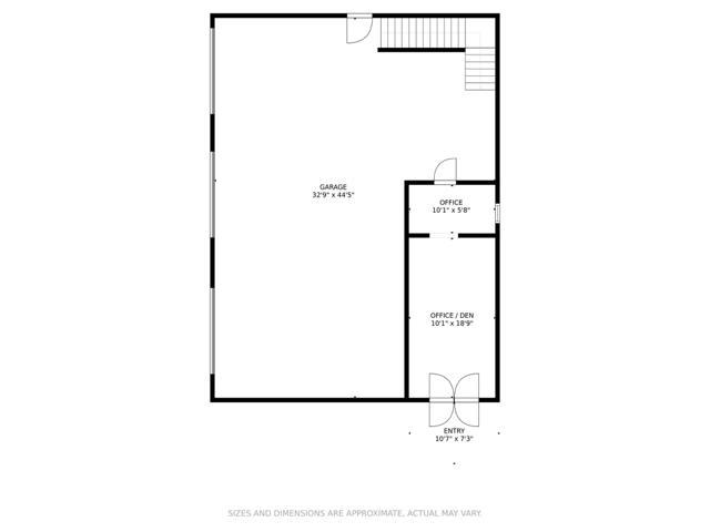 Carriage House - 1st Floor