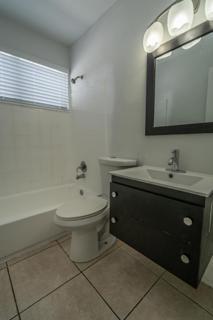 7931 204 Bathroom