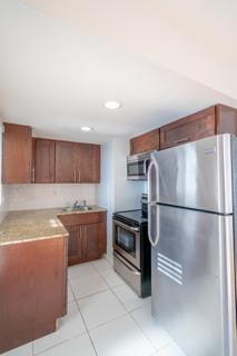 7931 403 Kitchen