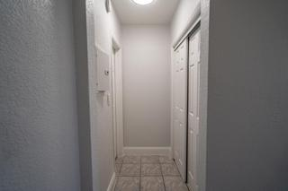 320 #5 Hallway