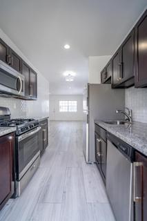 330 #9 Kitchen