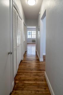 330 #10 Hallway