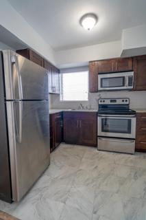279 Kitchen