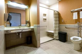 Bathroom Suite 2 - Mountain Wing