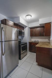 7931 203 Kitchen